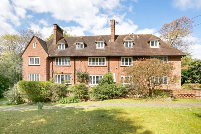Thumbnail Flat for sale in Gomms Wood House, Cherry Drive, Beaconsfield, Buckinghamshire