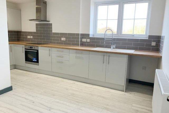 Thumbnail Flat to rent in Crawthorne Street, Peterborough