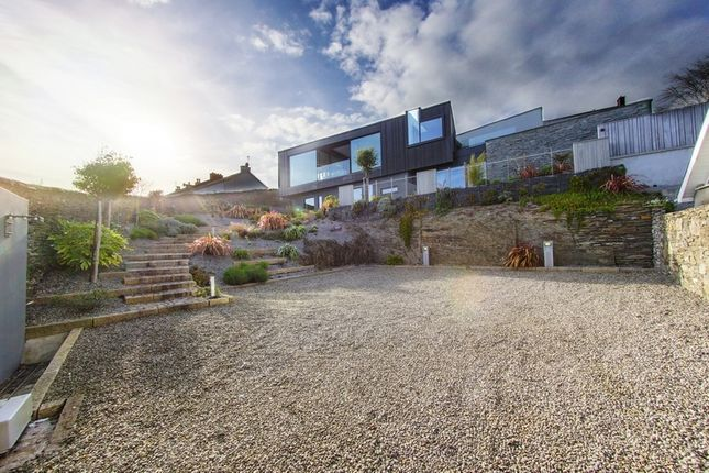 Thumbnail Property for sale in Kinsale, Co. Cork, Ireland