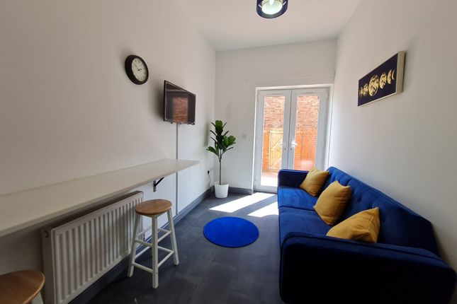 Thumbnail Room to rent in Seaforth Road, Liverpool