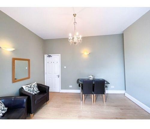 Thumbnail Studio to rent in Elsham Road, Holland Park/Kensington Olympia/Shepherds Bush