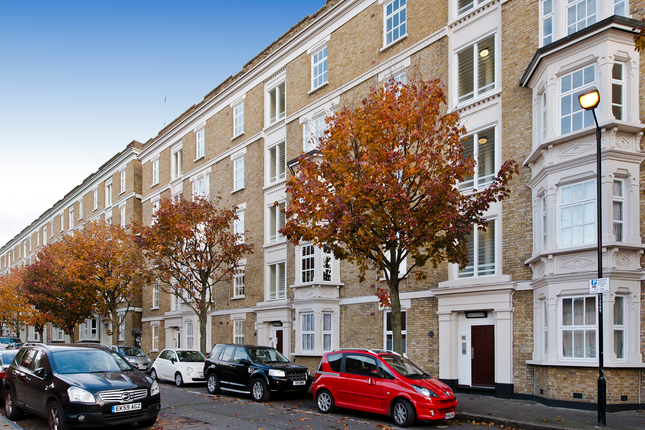 3 bed flat for sale in Corfield Street, Bethnal Green