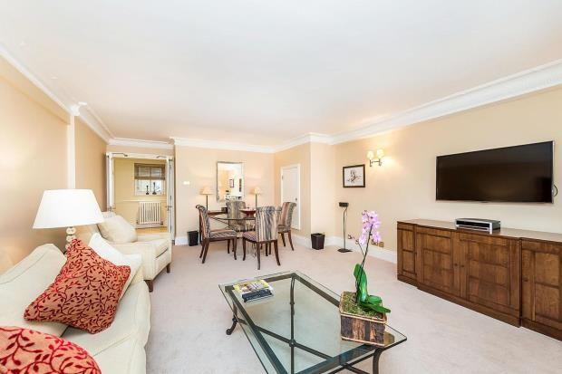 Thumbnail Flat to rent in Hyde Park Gate, Knightsbridge, London