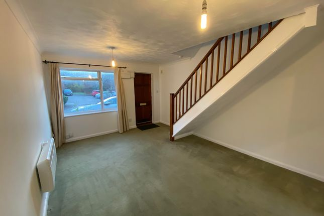 Thumbnail Property to rent in Crest Park, Hemel Hempstead