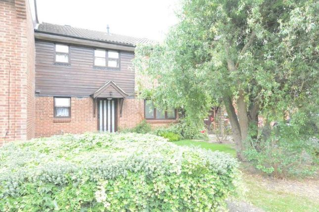 Thumbnail Terraced house to rent in Chisbury Close, Bracknell