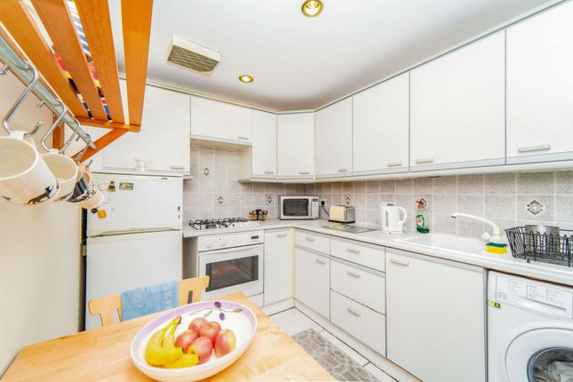 Kitchen of Barony Street, New Town, Edinburgh EH3