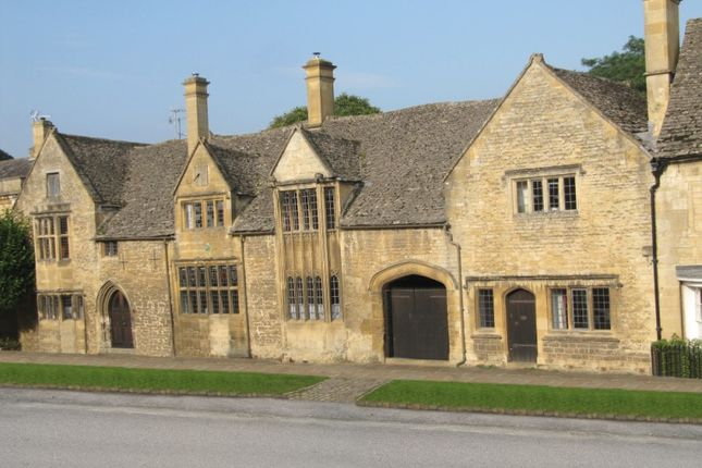 Thumbnail Town house for sale in High Street, Chipping Campden