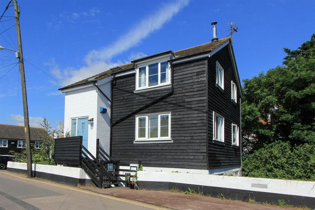 Thumbnail Maisonette to rent in Island Wall, Whitstable