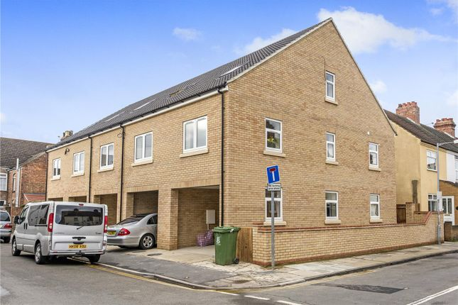 3 bed terraced house for sale in Salisbury, Lucas Road, Great Yarmouth