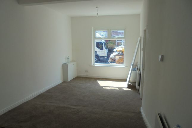 Terraced house to rent in Audley Road, Manchester