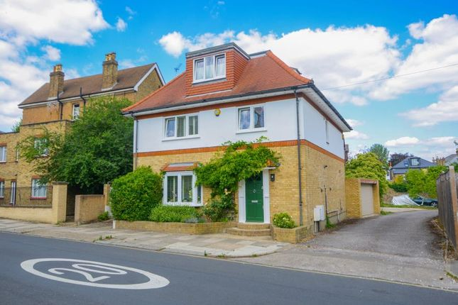 Thumbnail Property for sale in Grosvenor Road, London