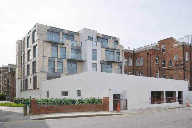 Thumbnail Flat to rent in Mintern Street, Hoxton