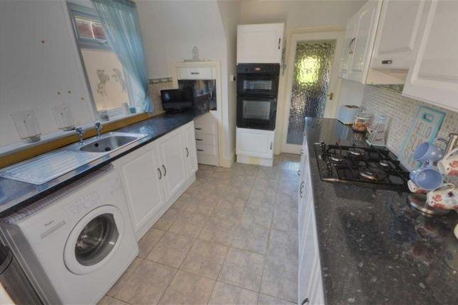 Kitchen of Derwent Crescent, Howden DN14