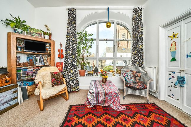1 bed flat for sale in North Street, Totnes TQ9