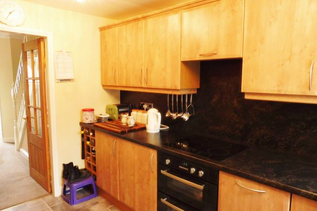 Kitchen of Hesley Grove, Chapeltown S35