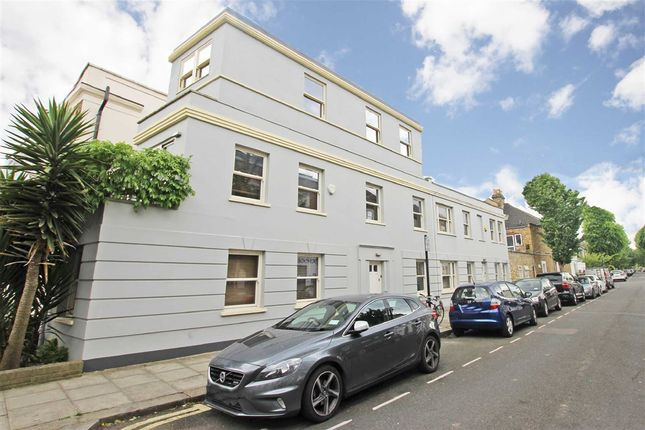 Thumbnail Terraced house for sale in Wendell Road, London