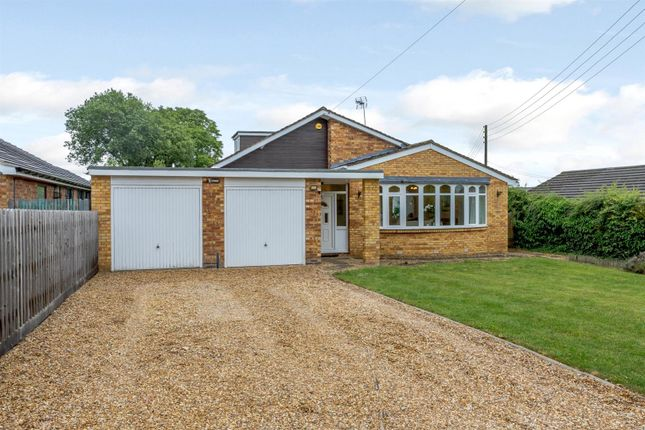Thumbnail Detached bungalow for sale in Gaydon Road, Bishops Itchington, Southam, Warwickshire