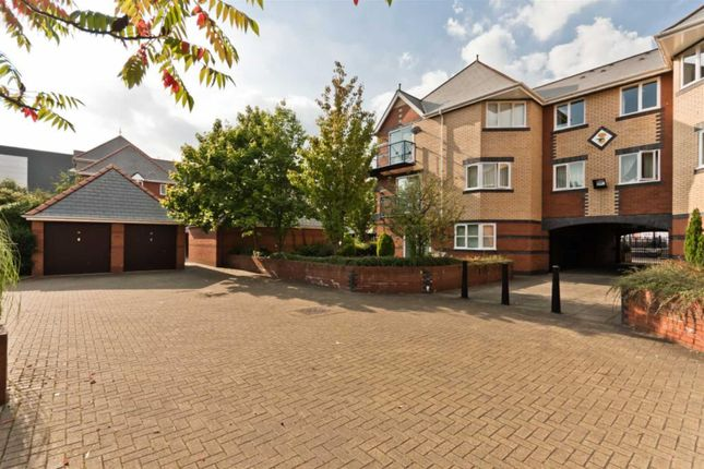 Thumbnail Flat to rent in St. Lawrence Quay, Salford