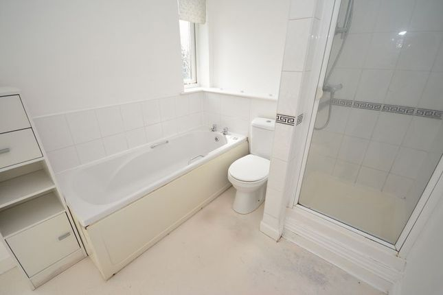 Family Bathroom of Everwood Court, Ely, Cardiff CF5