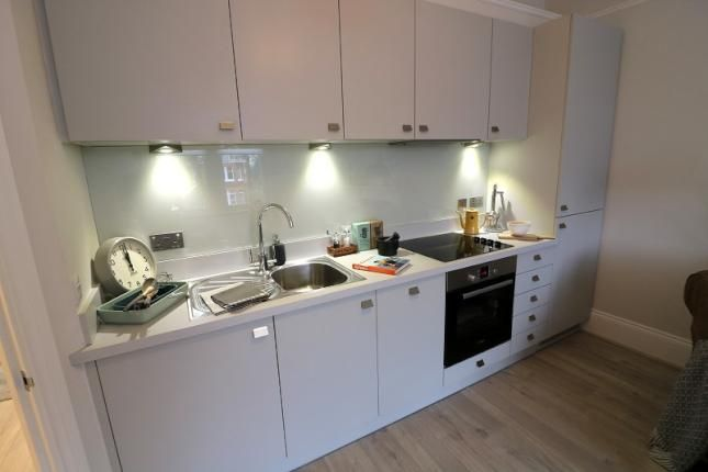 Thumbnail Flat to rent in Tennyson Road, Hanwell, London