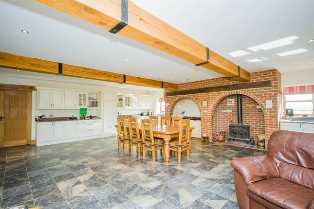 Thumbnail Detached house for sale in High Cliff Farm, South Cliff Road, Kirton Lindsey, Gainsborough