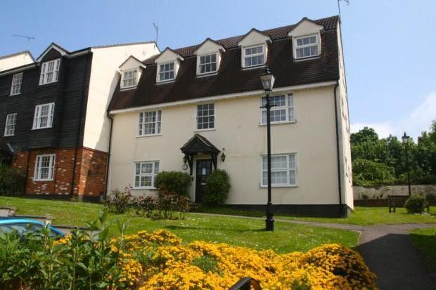 Thumbnail Flat to rent in Red Lion Court, Bishop's Stortford