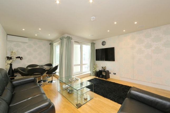 3 bed property for sale in Warren House, Beckford Close, Kensington, London