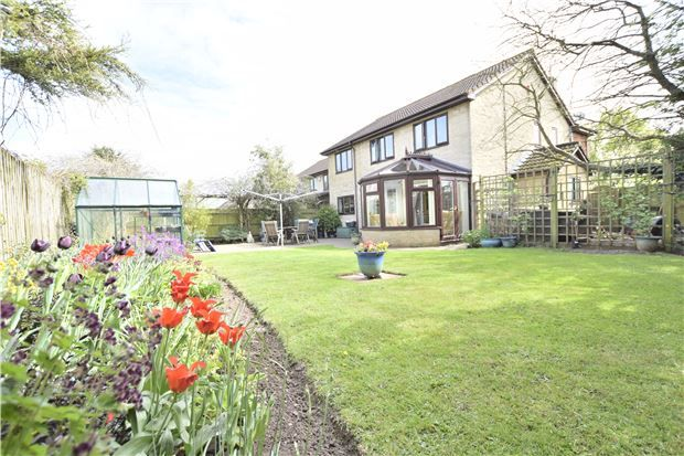 Thumbnail Detached house for sale in Colthurst Drive, Hanham