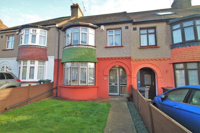 3 bed terraced house for sale in Lamorna Avenue, Gravesend DA12