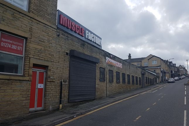 Thumbnail Leisure/hospitality to let in Great Horton, Bradford