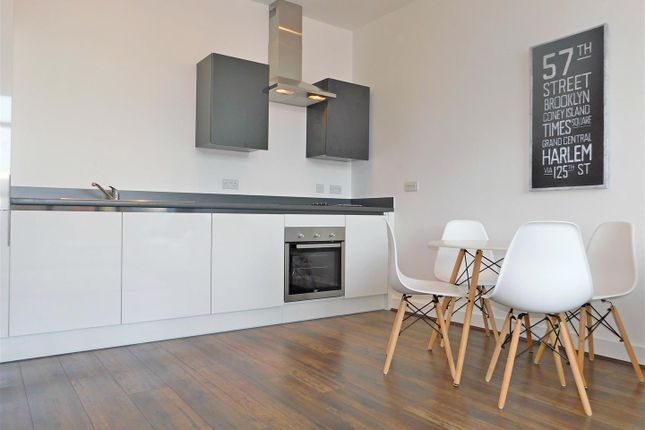 1 bed flat to rent in Cotton Lofts, Fabrick Square, 1 Lombard Street