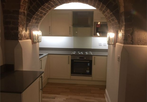 Thumbnail Flat to rent in Clerkenwell House, Hilda Road, Southall
