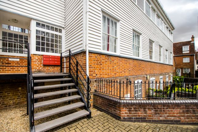 Thumbnail Flat for sale in Stuarts Way, Chapel Hill, Braintree