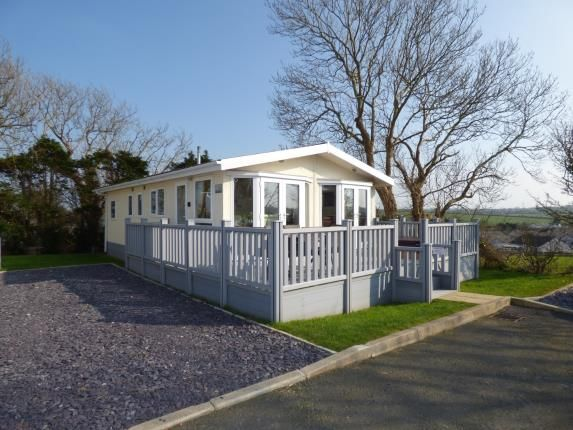 Thumbnail Bungalow for sale in Bryn Mechell, Llanfechell, Anglesey
