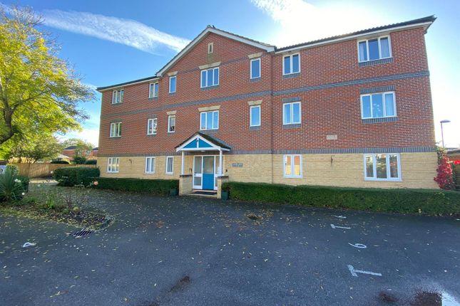 2 bed flat for sale in Fair Oak Road, Fair Oak, Eastleigh SO50