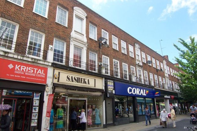 Thumbnail Flat to rent in Castle Street, Kingston Upon Thames