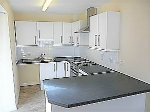 Thumbnail Flat to rent in Lower Street, East Looe, Looe
