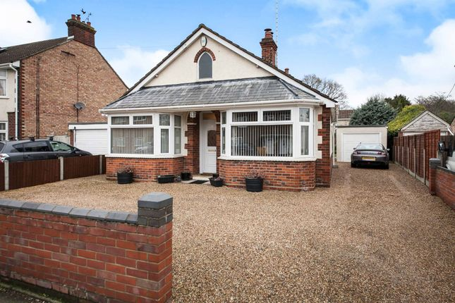 Thumbnail Detached bungalow for sale in Bromley Road, Colchester