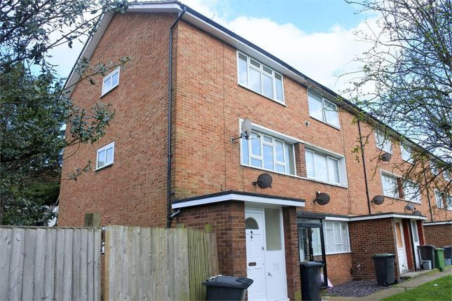3 bed maisonette to rent in Bromley Road, Catford, London SE6