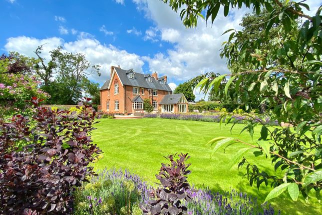 Thumbnail Country house for sale in Baulking, Oxfordshire