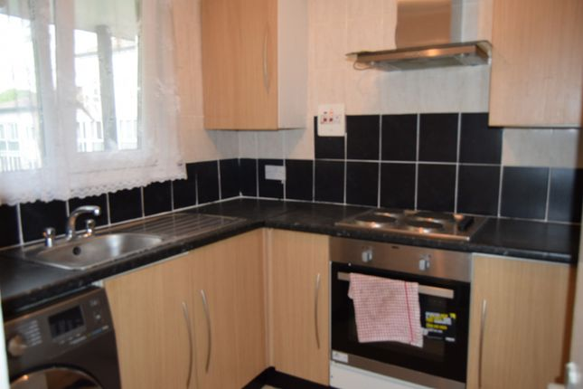Thumbnail Terraced house to rent in Stanley Road, Hounslow