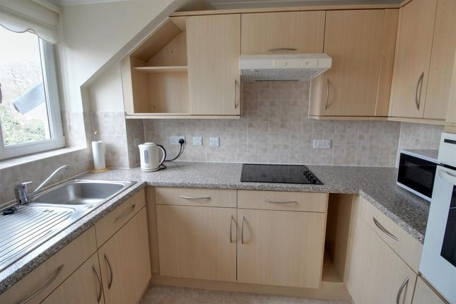Room 3 of Reeves Court, 71 Frimley Road, Camberley, Surrey GU15