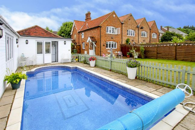 Thumbnail Semi-detached house for sale in Ongar Road, Stondon Massey, Brentwood