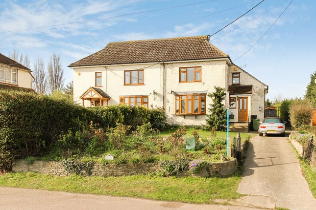 Thumbnail Semi-detached house for sale in London Road, Crays Hill, Billericay