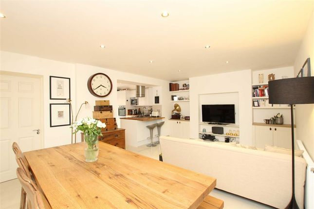 Thumbnail Flat to rent in Godolphin Road, London