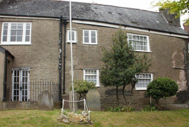 Thumbnail Flat to rent in High Street, Totnes, Devon