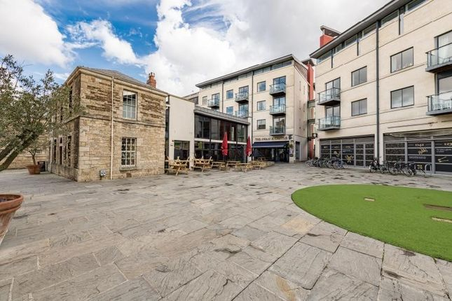 2 bed flat for sale in Oxford Castle, Oxford, Oxfordshire OX1