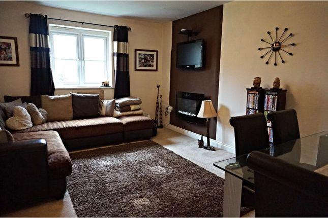 2 bed flat to rent in Schooner Walk, Newport