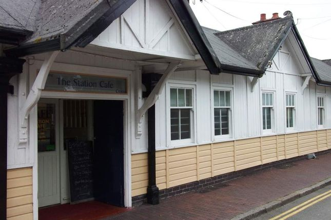 Restaurant/cafe for sale in Station Square, Pwllheli