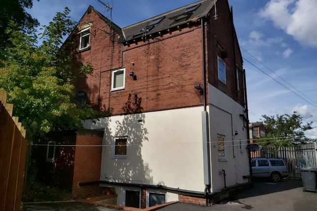 Thumbnail Flat for sale in Meanwood Road, Leeds